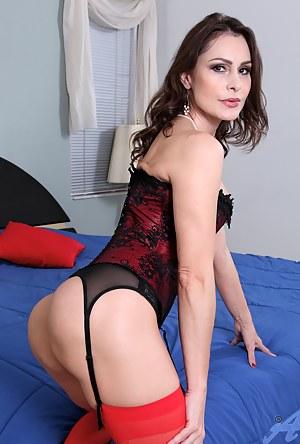 Moms Corset Porn Pictures
