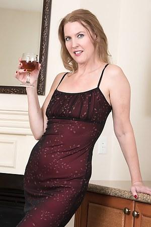 Drunk Moms Porn Pictures